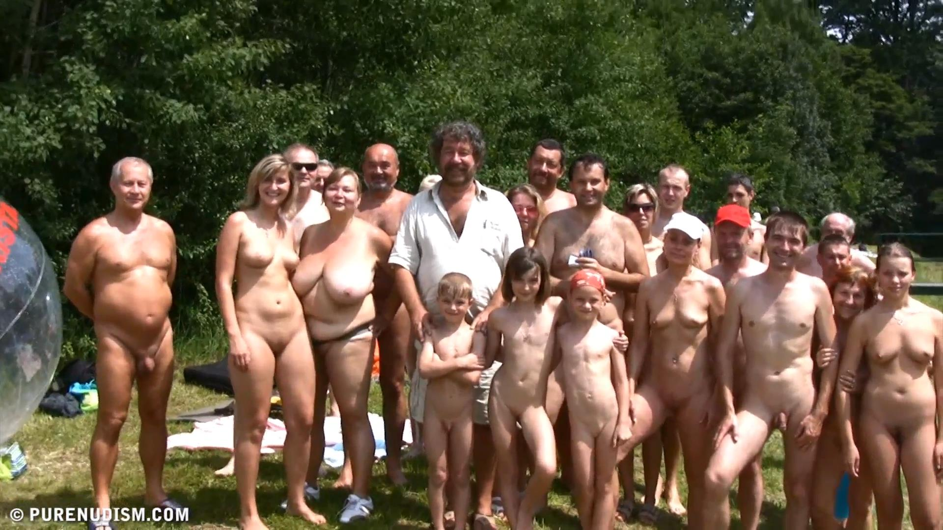 Family naturist pics nudist gallery