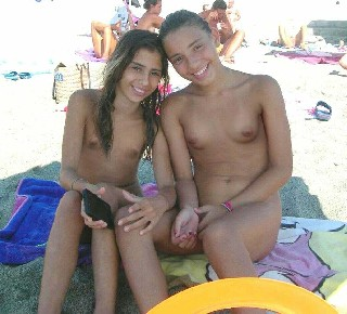 Pictures of Young Nudists Family Photos and Teenage Nudists  2